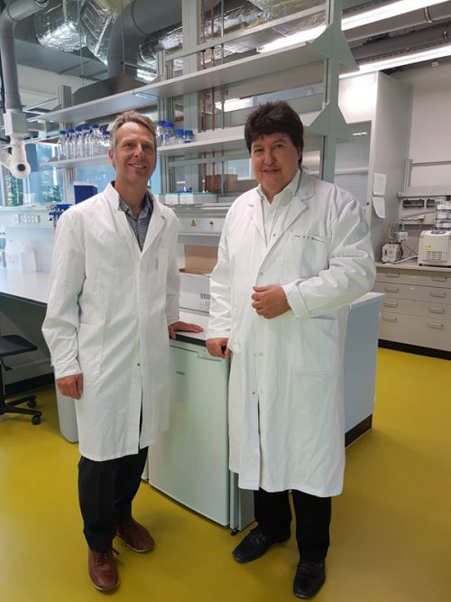 "Towards entry ""Prof. Peter Pivonka, Queensland University of Technology, Australia, visits the Institute of Biomaterials"""
