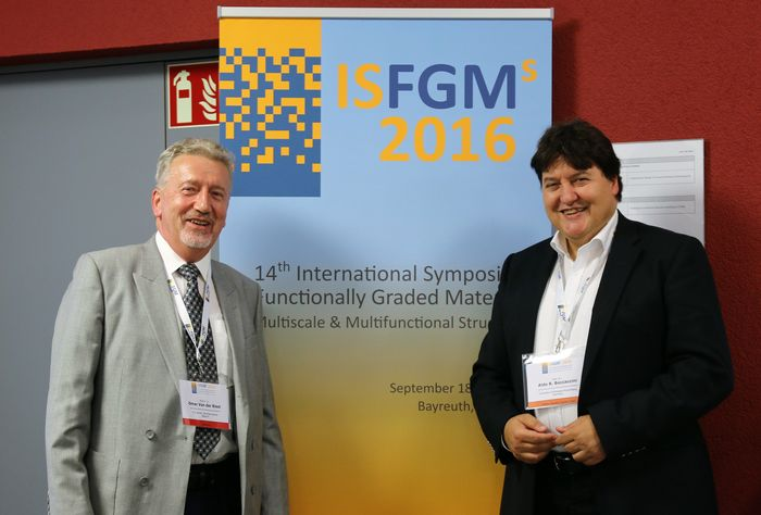 "Towards entry ""Prof. Boccaccini: Plenary Speaker at 14th Int. Symposium on Functionally Graded Materials in Bayreuth"""