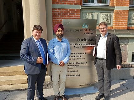 "Towards entry ""Prof. Boccaccini attends scientific seminar of Dr. Sukhdeep Singh (Habilitation) at Ilmenau University of Technology"""