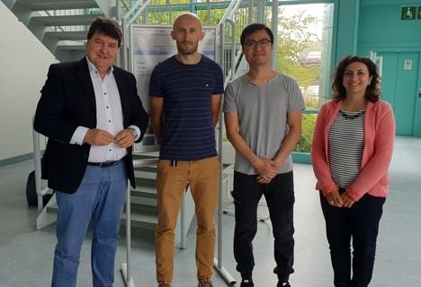 "Towards entry ""FunGlass Centre: Drs. Martin Michálek and Si Chen finalize their research training period at the Institute of Biomaterials"""