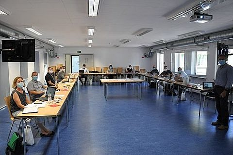"Towards entry ""Board meeting of the Collaborative Research Centre TRR/SFB 225 in Erlangen"""