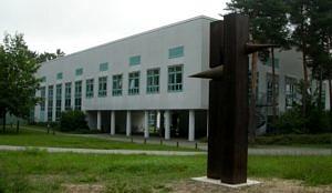 Hauptsitz des Lehrstuhls in der Cauerstraße 6, Sekretariat und Lehrstuhlleitung